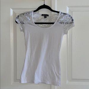3/35 NWOT White Floral Lace Shoulder/Back T-shirt